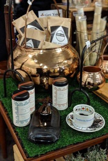 set teacup